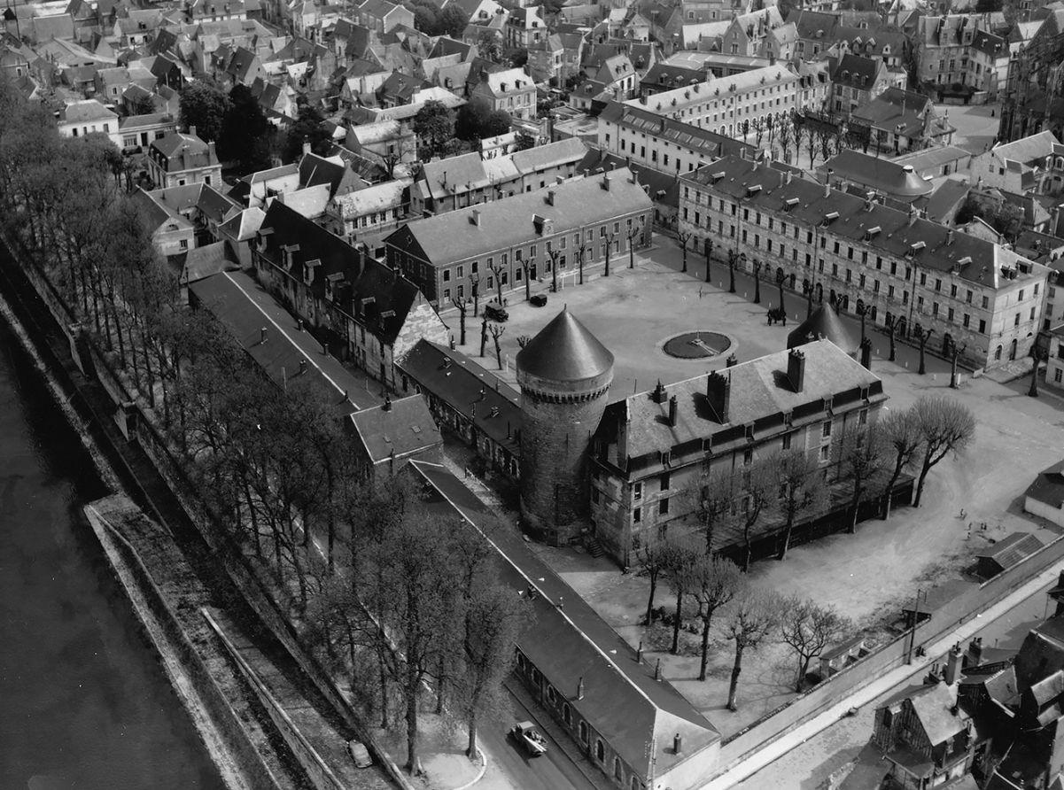 Reconversion Château de Tours Caserne Meusnier